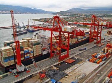 Dış ticaret açığı ağustosta 2,5 milyar dolar Dış ticaret açığı ağustosta 2,5 milyar dolar